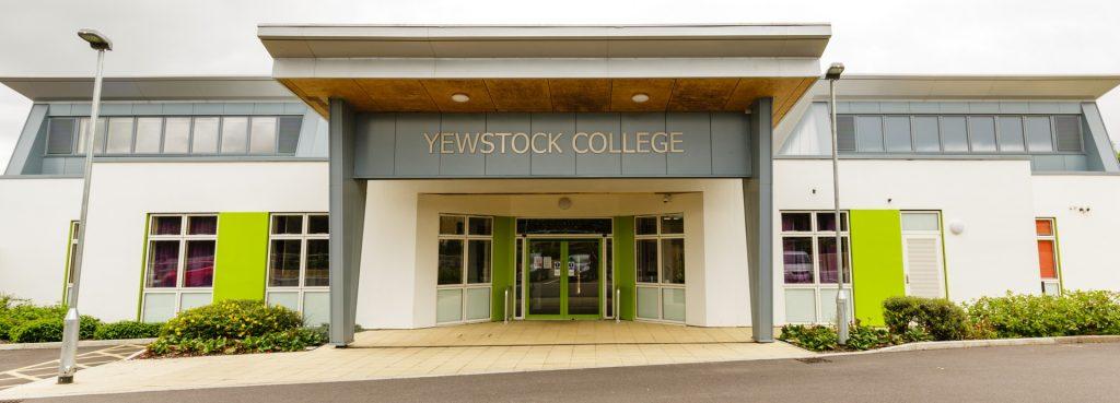 Yewstock College